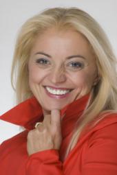 ESNR Vice-President prof. Majda Thurnher awarded